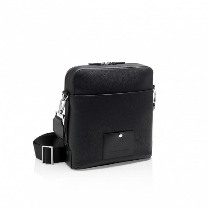 Сумка VOYAGER 2.0 SHOULDER BAG SVZ черная